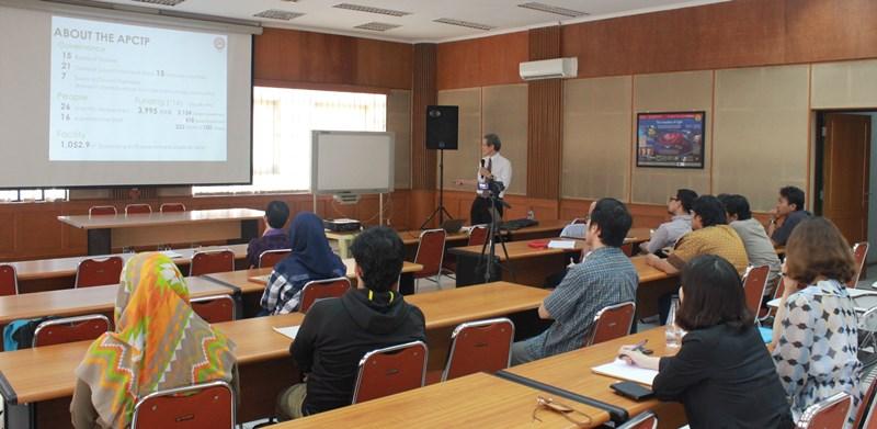 Kunjungan Profesor Bum-Hoon Lee, Presiden Asia Pacific Center for Theoretical Physics (APCTP)